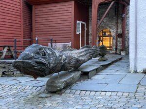 Kabeljau in Bryggen, Bergen, Norwegen