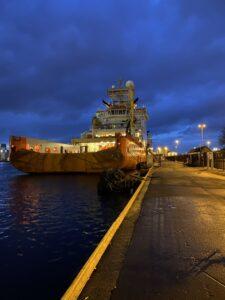 Schiff am Hafen von Bergen, Norwegen